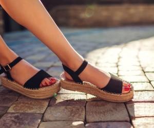 Cum sa alegi sandale confortabile