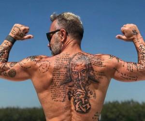 35 cele mai bune idei de tatuaje pentru barbati in 2020